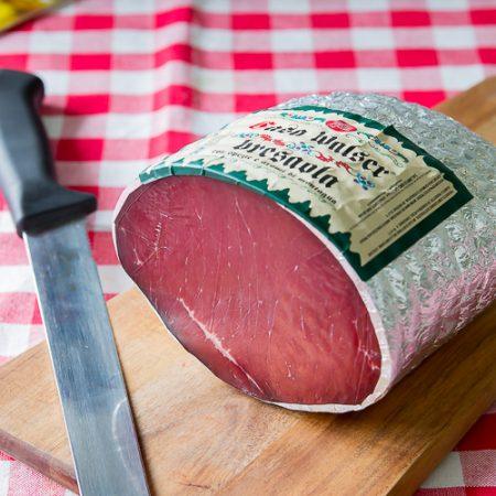 Bresaola Stagionata con Spezie e Aromi di Montagna – circa 1/1.2kg