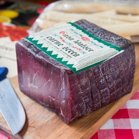 Carne Secca con Spezie e Aromi di Montagna