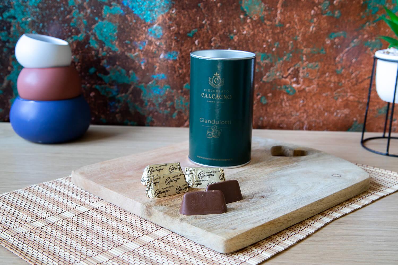 Dark chocolate Gianduiotti – tube – 240gr