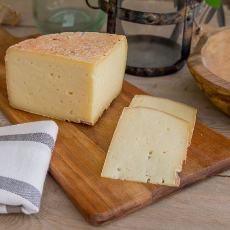 Biella's Maccagno raw milk