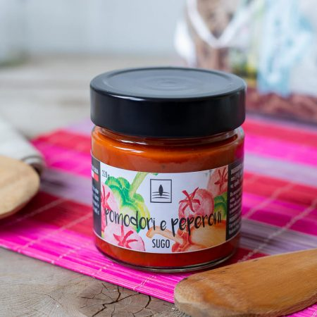 Tomato sauce with peppers – 220gr