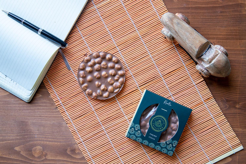 Milk chocolate & hazelnuts wheel – 80gr