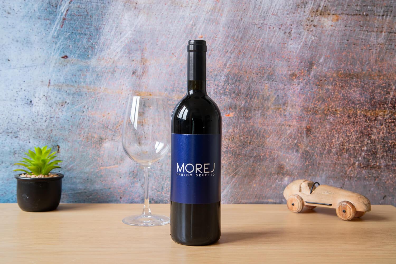 """Vino Rosso """"Morej"""""""