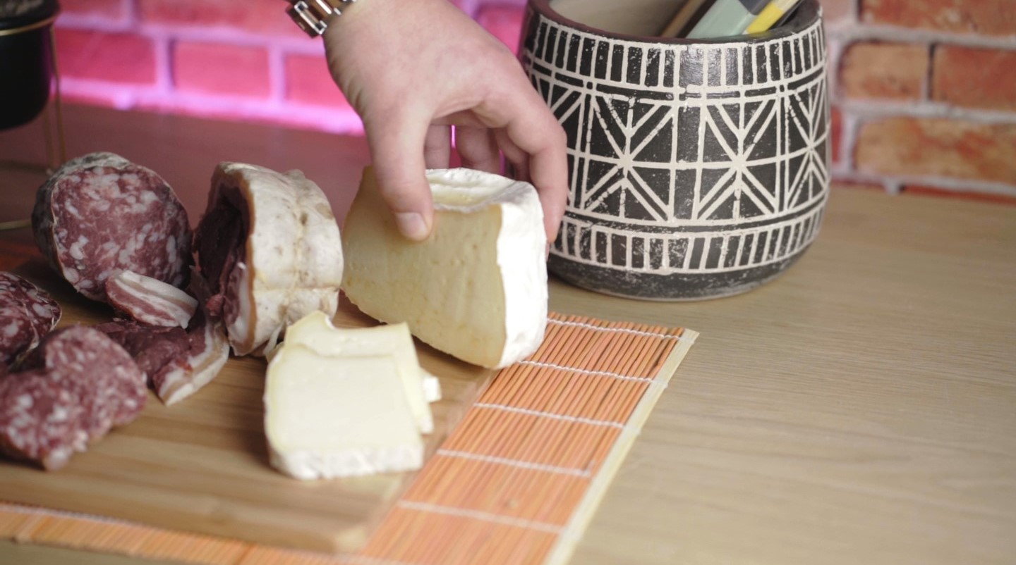 Cheese Casera Piedmont Delights Blog Tagliere Board How To
