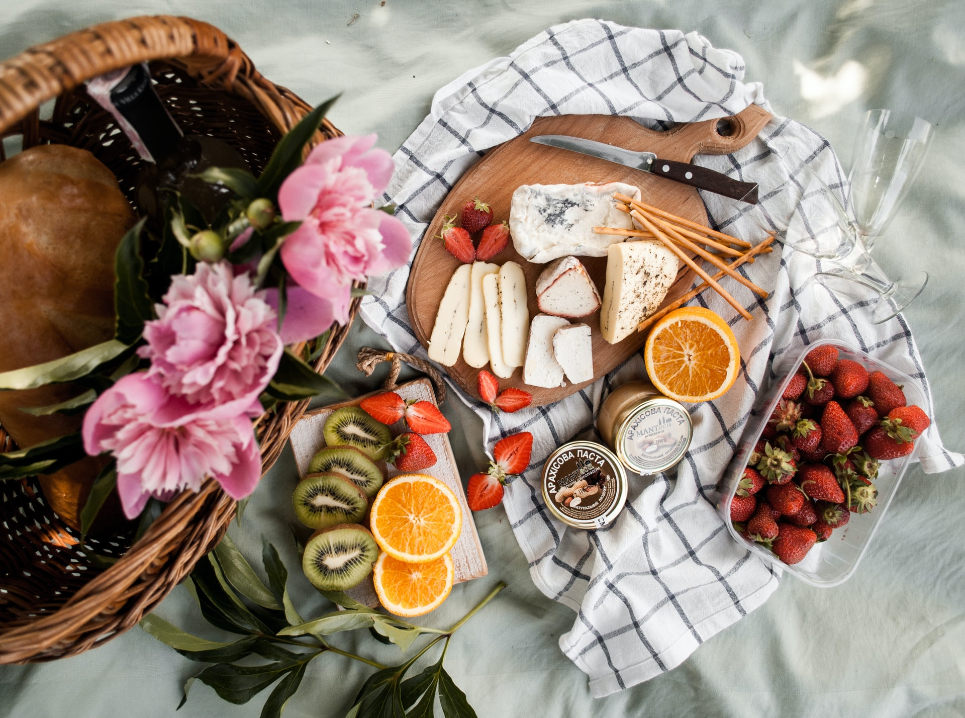Cheese Picnic Basket Piedmont Delights