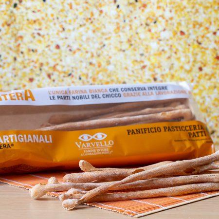 Artisanal breadsticks with whole wheat flour