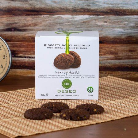 Biscotti all'olio al cacao e pistacchio